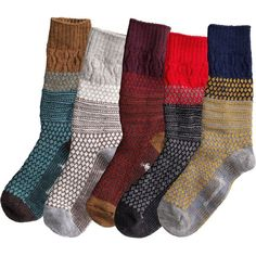 SmartWool Socks SmartWool Popcorn Cable Socks look cozily classic, but their performance is totally high-tech. Their Wool-on-Wool technology absorbs shock with every step. Winter Wear, Autumn Winter Fashion, Winter Boots, Outfit Winter, Fall Winter, Fall Outfits, Cute Outfits, Hiking Essentials, Hiking Shoes