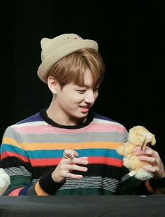 ITS LIKE HE IS WATCHING HIMSELF IN THE MIRROR HAHAHA #JUNGKOOKIE #THAT RABBIT