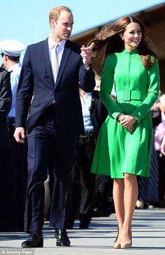 Kate, the Duchess wore an emerald green Catherine Walker coat dress and nude heels for the event in Canberra, Australia while Prince William was in a navy suit with a silver tie. Catherine Walker, Prince William And Catherine, William Kate, Duchess Kate, Duke And Duchess, Duchess Of Cambridge, Princess Kate, Princess Charlotte, Windsor