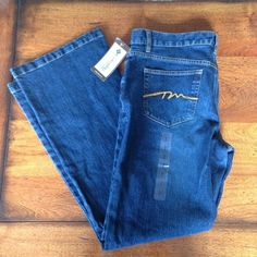Jeans New! Perfect condition. Columbia Jeans Flare & Wide Leg
