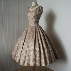 Suzy Perette Dior-inspired 1950s New Look dress, rose-print brocade #1950s