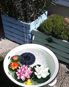 Garden Fountains, Small Patio, Garden Beds, Garden Projects, Garden Inspiration, Porches, Container Gardening, Decoration, Flowers