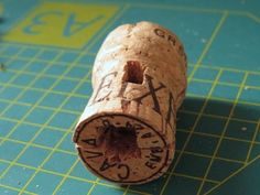 Champagne Cork Darth Vader: 11 Steps (with Pictures)