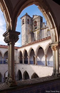 Templar's convent and castle in Tomar, Portugal. https://victortravelblog.com/2014/06/10/castles-knights-templar-in-portugal-history/
