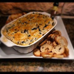 Low cal low fat spinach artichoke dip - 45 cal for 1/4 cup. mmmm.