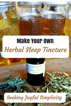 How to Make Your Own Herbal Sleep Tincture I enjoy using tinctures because they work quickly, are convenient, easy to use, and they last a long time. Making your own tinctures is real Natural Health Remedies, Herbal Remedies, Cold Remedies, Holistic Remedies, Natural Remedies For Cold, Herbal Tinctures, Herbalism, Natural Medicine, Herbal Medicine