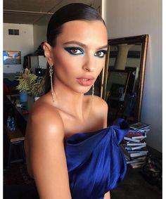Le look beauté de Emily Ratajkowski