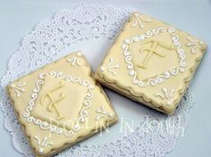 Monogram Cookies  Wedding Cookies Initial Cookies by rollinindough