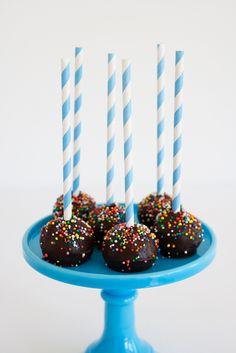Circus Cake Pops!