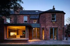 Contemporary extension of an Edwardian redbrick home. We create additional space to the rear of a family home without darkening the existing spaces. Glass Extension, Extension Ideas, Dublin House, House Extensions, My Dream Home, Home And Family, Interior Decorating, New Homes