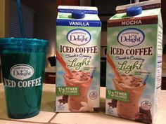 Great for body by vi shakes! International Delight Light Iced Coffee is a new… Frappachino Recipe, Smoothie Recipes, Smoothies, Shake Recipes, Iced Coffee Protein Shake Recipe, Yummy Treats, Yummy Food, Body By Vi, Meal Replacement Shakes