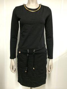 876a590d691c30 Zwarte jurk jogging met goud en rits. ketting erbij kan eraf. Christmas  thinkings