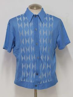 Late 60s or early 70s -Davinci- Mens sky blue and white acetate short sleeve knit shirt.