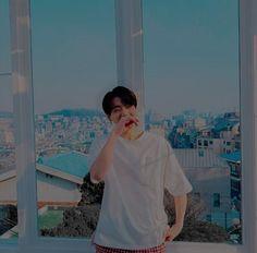 """""""Let yourself go, jungkook. Foto Jungkook, Foto Bts, Jungkook Cute, Jimin, Bts Photo, Bts Bangtan Boy, Jung Kook, Busan, Jikook"""