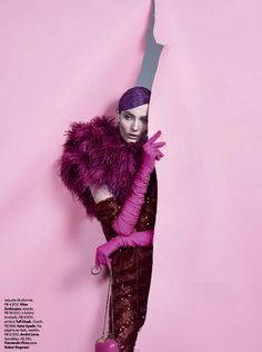 "collections-from-vogue: ""COLLECTION Zuzanna Bijoch in ""Nao Provoque… E Cor De Rosa-Shocking!"" by Zee Nunes for Vogue Brazil, February 2014 "" Vogue Brazil, Foto Fashion, High Fashion, Editorial Photography, Fashion Photography, Mode Editorials, Frou Frou, Foto Pose, Models"