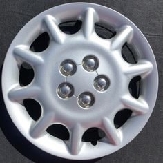 One factory 1998 1999 Plymouth Sebring 15 inch bolt on hubcap wheel cover