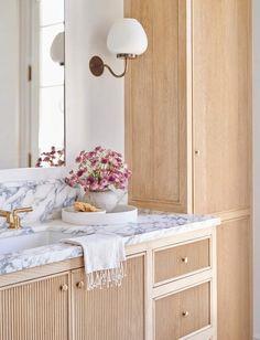 Interior Design Studio, Bathroom Interior Design, Custom Home Builders, Custom Homes, Plan Chalet, Home Luxury, Luxury Homes, Amber Interiors, Décor Boho