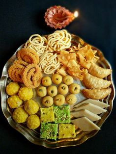 Diwali is not only the Hindu festival of lights but also the festival of food Indian Desserts, Indian Food Recipes, Healthy Recipes, Diwali Recipes, Dairy Recipes, Indian Foods, Indian Sweets, Sweets Photography, Diwali Photography