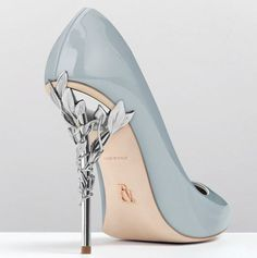 NOT my style, but absolutely gorgeous. powder blue pumps. that heel!