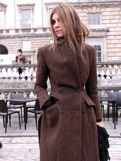 Carine being amazing. Paris. #CarineRoitfeld Think it would be great in marsala color!
