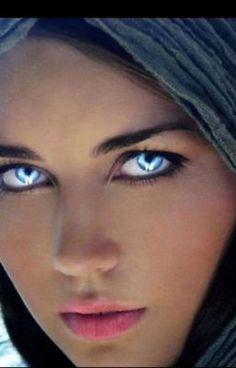 Her eyes are incredibly beautiful. Most Beautiful Eyes, Stunning Eyes, Gorgeous Eyes, Pretty Eyes, Cool Eyes, Beautiful Women, Amazing Eyes, Perfect Eyes, Beautiful Clothes