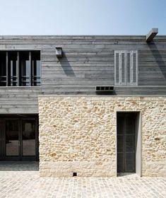 Information Centre for the Parc Naturel Régional Du Gâtinais / JOLY& Architecture Résidentielle, Contemporary Architecture, Minimalist Architecture, Milly La Foret, Casa Loft, Stone Cladding, Stone Houses, Architectural Elements, Exterior Design