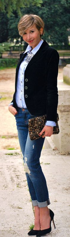 #Black & #Denim … And A #Necklace