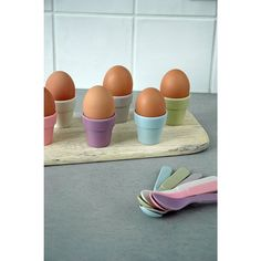 Zuperzozial eggshell set made of bamboo and corn 100% biodegradable in pastel shades