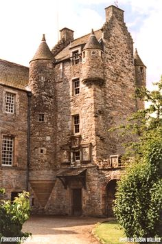 Medieval World, Medieval Town, Medieval Castle, Scotland Castles, Scottish Castles, Abandoned Castles, Abandoned Mansions, Abandoned Places, Monuments