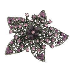 Shop for on Etsy, the place to express your creativity through the buying and selling of handmade and vintage goods. Crystal Rhinestone, Blackberry, Rhinestones, Retro Vintage, Trending Outfits, Brooch, Unique Jewelry, Handmade Gifts, Crystals