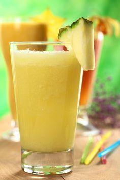 Deliciosa receta de smoothie de piña, ideal para cualquier ocasión disfrútalo en la mañana o como postre para tus niños.