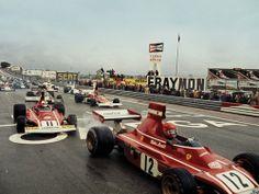 Rough start… Start of the 1974 Spanish Grand Prix at Jarama. Niki Lauda (#12, Scuderia Ferrari SpA SEFAC), Clay Regazzoni (#11, Scuderia Ferrari SpA SEFAC), Emerson Fittipaldi (#5, Marlboro Team Texaco), Jacky Ickx (#2, John Player Team Lotus) with Ronnie Peterson (#1, John Player Team Lotus) out of sight, having a blistering start