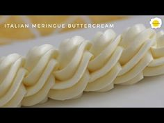 Italian Meringue Buttercream - YouTube Cake Decorating Icing, Cake Decorating Techniques, Buttercream Recipe, Icing Recipe, Fruit Recipes, Dessert Recipes, Dessert Mousse, Eclair Recipe, Salsa Dulce