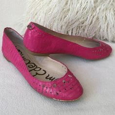 """Sam Edelman Like New pink leather ballet flats Sam Edelman Like New bright Fuchsia pink leather ballet flats. Snake skin look to them with perforated holes detail.  Thin gold toe trim to add to the beauty of these. Excellent condition worn for only a few hours. Insoles measure 8 3/4"""" long for size reference. Sam Edelman Shoes Flats & Loafers"""