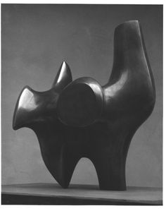 animportantvictoryforelephants:    henry moore - three way piece no.2 (the archer)