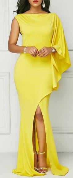 Vestido longo Amarelo com babados e fenda lateral