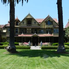 Winchester mansion in San Jose