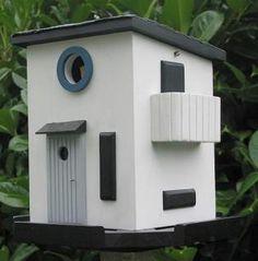 Funkis - Nestkastje EN voederhuis Funkis als modern wit voederhuisje voor koolmeesjes en andere meesjes