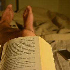 Before going to bed, trying to find murderer. #night #reading #book #novel
