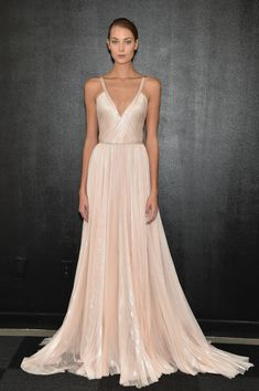 Bridal Trends : Plunging Necklines for Fall 2016