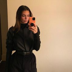 Kendall Jenner Instagram, Kendall Jenner Outfits, Kendall And Kylie, Kendall Vogue, Harry Styles, Queen, Khloe Kardashian, Daily Wear, Celebs