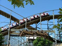 Twisted Twins (formerly known as Twisted Sisters) - Six Flags Kentucky Kingdom