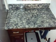 Painted countertop. So easy!