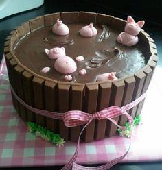Kit Kat pig cake. So cute!