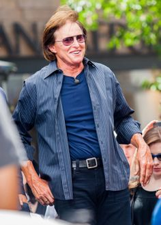 Bruce Jenner Criticized By Transgender Community: Just Come Out Already!