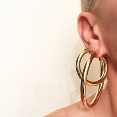 Some Days Just One Hoop Isn't Enough Doubled Baby And a Regular Samira Hoops Tonight #jenniferfisher #linkinbio .  .  .  .  .  .  .  .  #samirahoops #saturday #hoopearrings #hoops #gold #instajewelry #instastyle #instastyle #jewelry #ootd #whatjenniferiswearing #statementearrings #sade #earrings