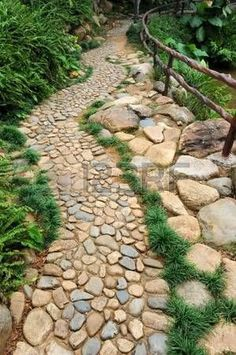 Rock Pathway Design Ideas To A Beautiful Your Garden 03 Stone Landscaping, Landscaping With Rocks, Garden Landscaping, Landscaping Design, Outdoor Walkway, Backyard Patio, Walkway Ideas, Front Walkway, Patio Ideas