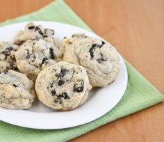 Soft Cookies And Cream Cookies | ireallylikefood