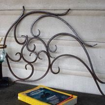 Outdoor wire art adds an eccentric touch to outdoor living #decor