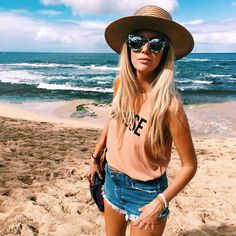 Beach Bum, Summer Beach, Summer Vibes, Surfergirl Style, Style Casual, My Style, Ft Tumblr, Lunette Style, Summer Outfits